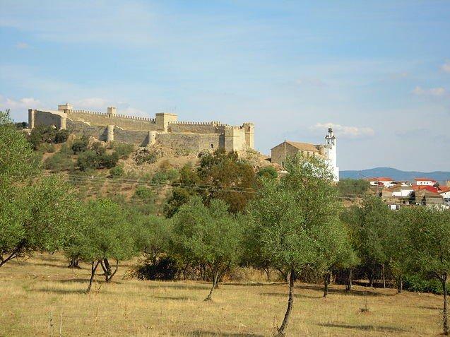 Visita Santa Olalla en moto-rutas moteras por Huelva