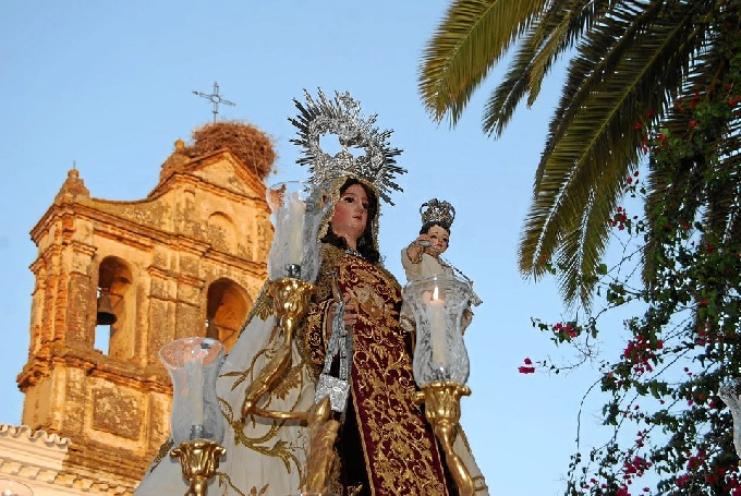 Procesión de la Virgen del Carmen de Trigueros