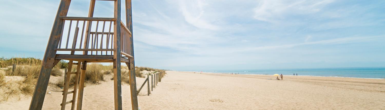 playas-en-huelva-trigueros-Playa de Isla Cristina cerca de Hostal Trigueros