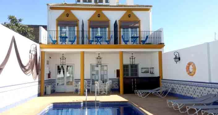 Toma-el-sol-en-nuestra-piscina